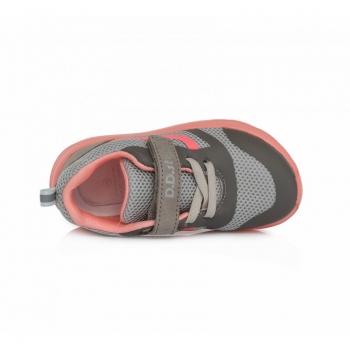 sneakers-